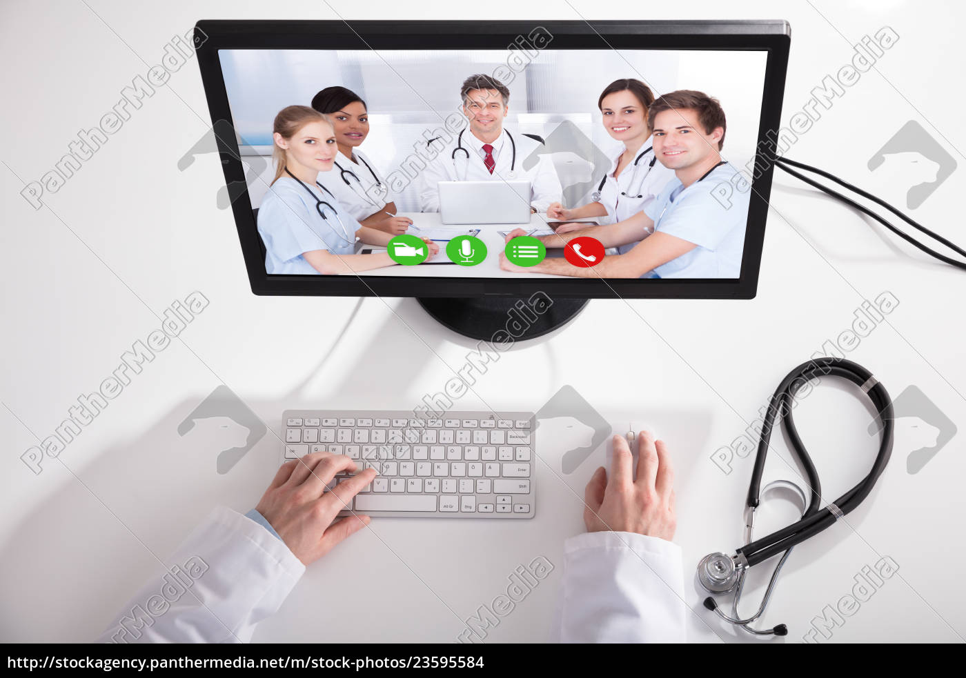 doctor, video, conferencing, with, medical, team - 23595584