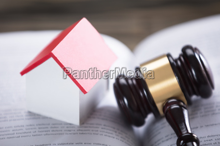 house, model, and, gavel, on, law - 23597754