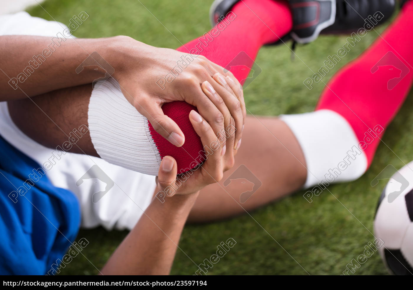 injured, soccer, player, on, field - 23597194