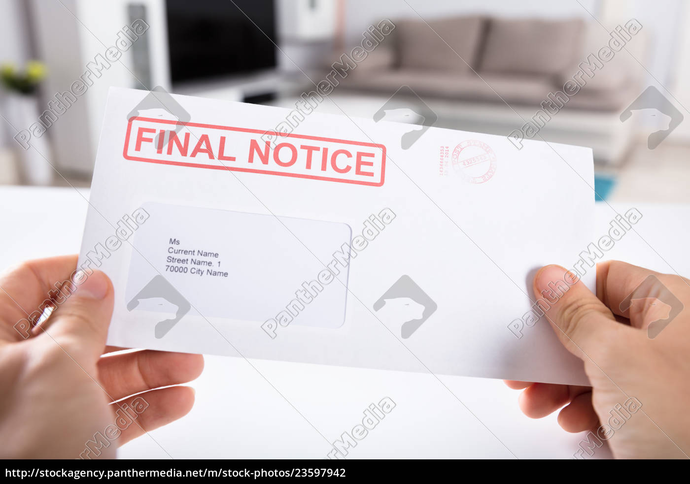 person, holding, final, notice, envelope - 23597942