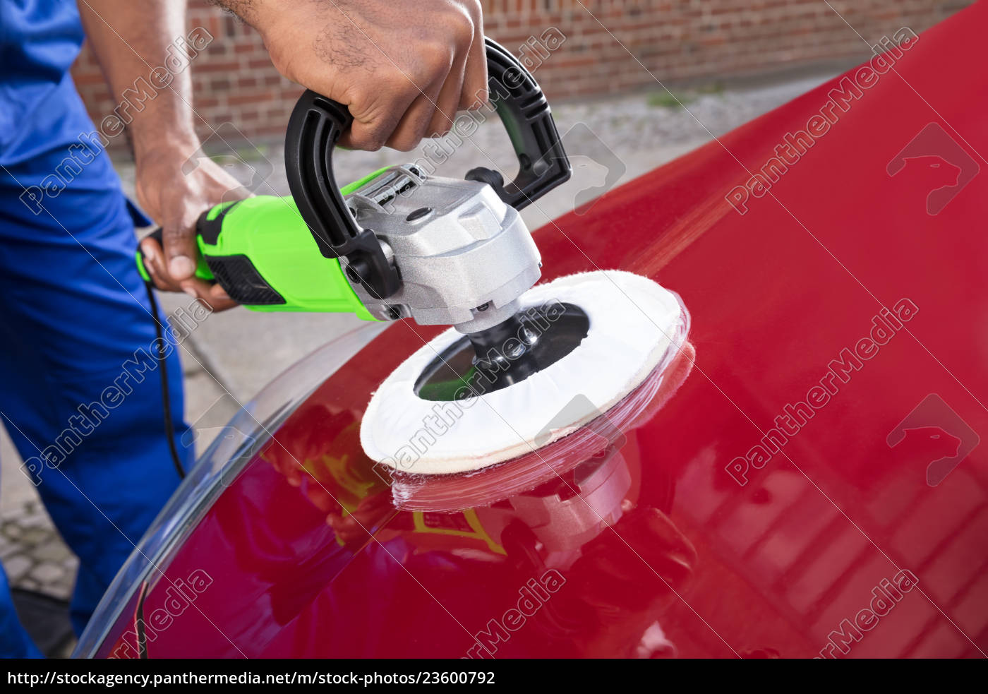 hands, polishing, car, with, orbital, polisher - 23600792