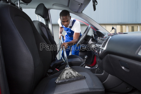 handyman, vacuuming, car, front, seat - 23600786