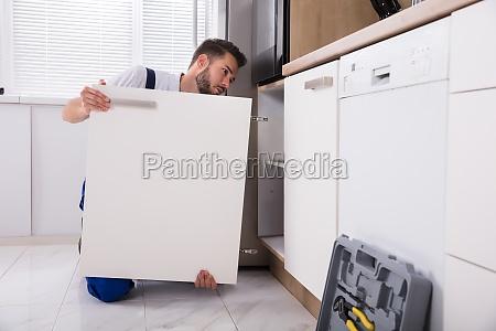 handyman, fixing, sink, door - 23603426