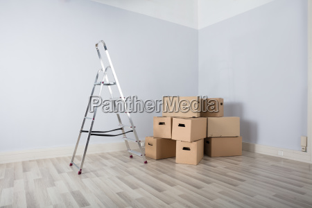 boxes, in, new, house - 23618246