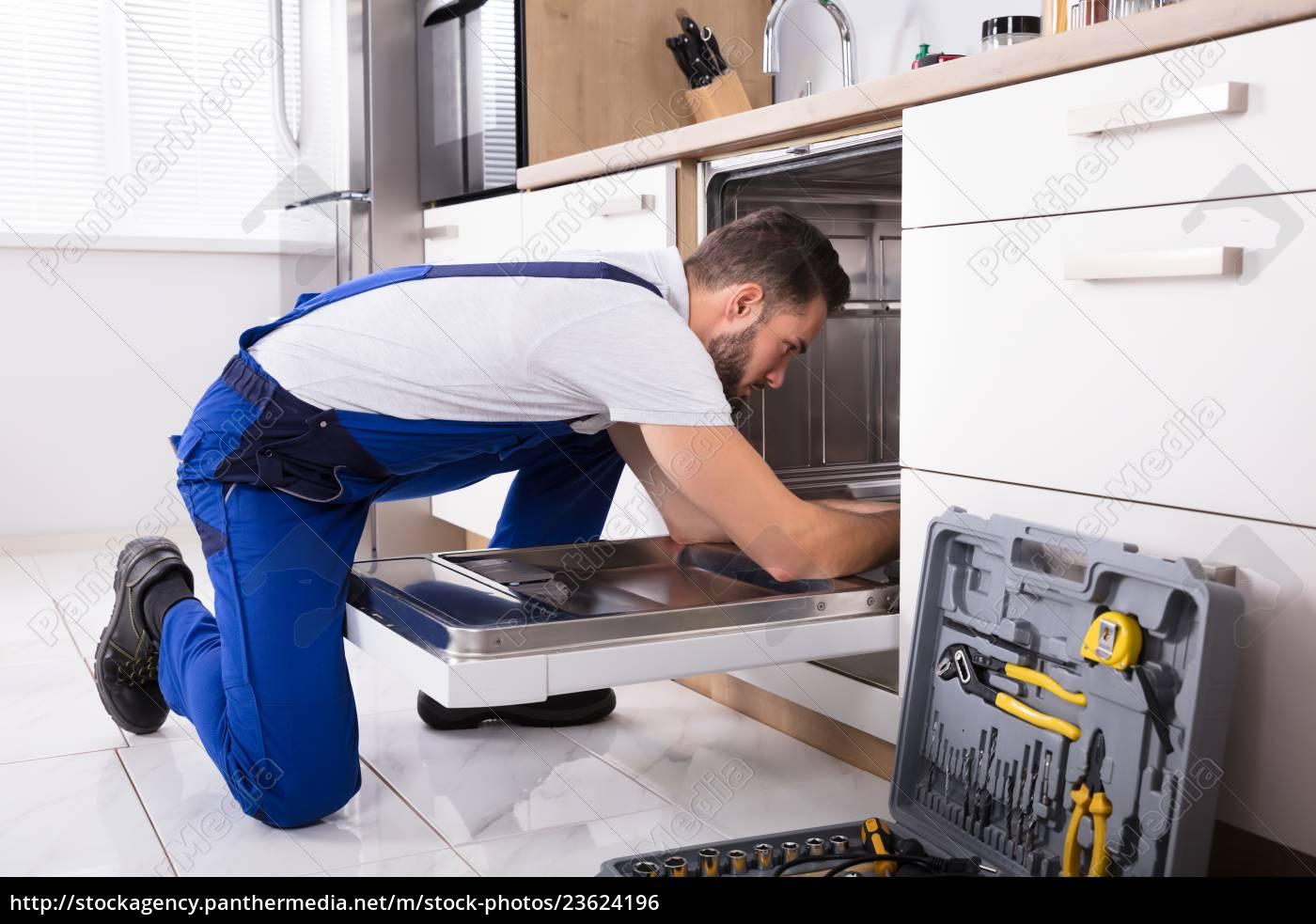 technician, repairing, dishwasher - 23624196