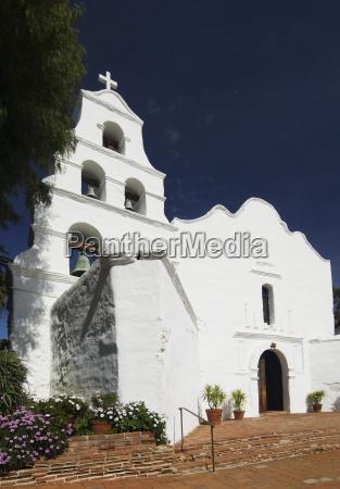 entrance of church mission san diego