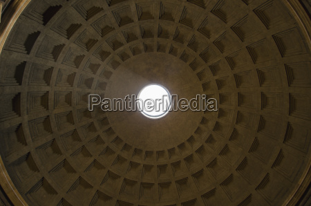 italy rome dome of pantheon