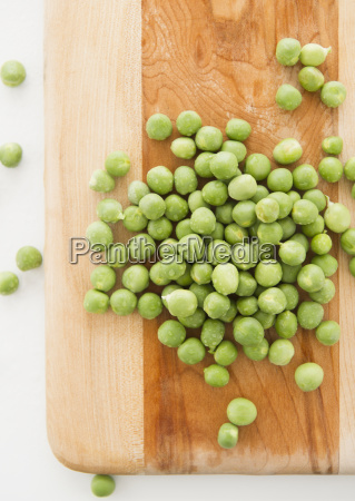 close up of green peas on