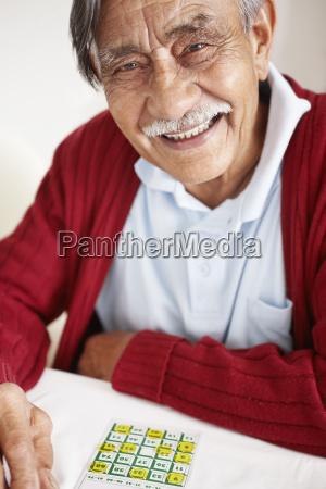 senior man playing bingo