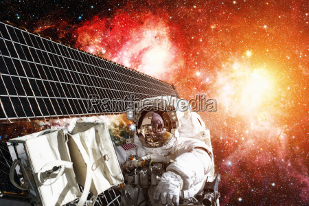 astronaut on space mission elements of