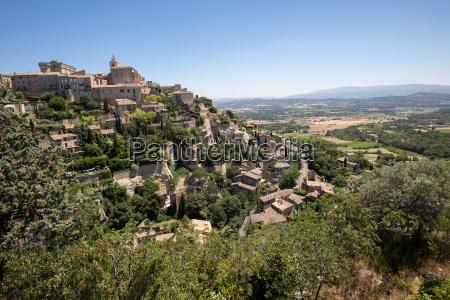 medieval hilltop town of gordes provence