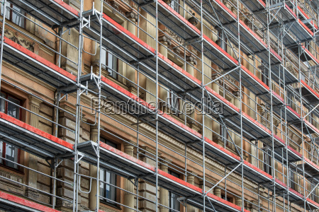 scaffolding around the house historical