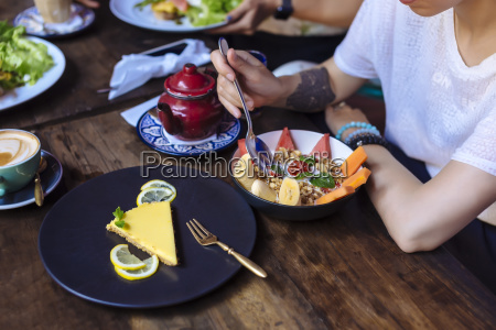 woman having a healthy meal in