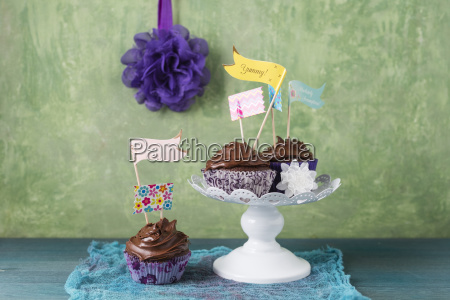 cupcake with chocolate cream