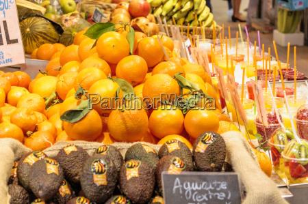 oranges in the market