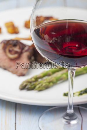 red wine and a steak