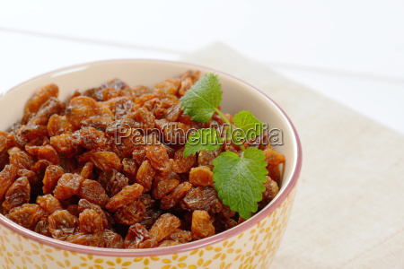 bowl of sweet raisins