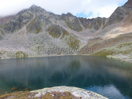 gaislacher lake oetztal alps