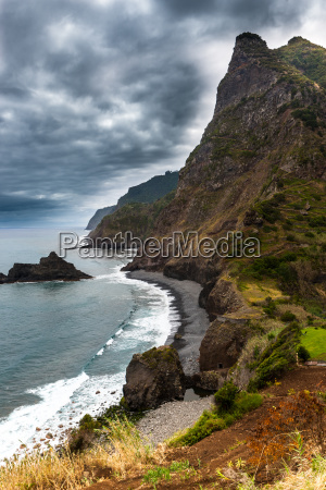 north coast with steep cliffs at
