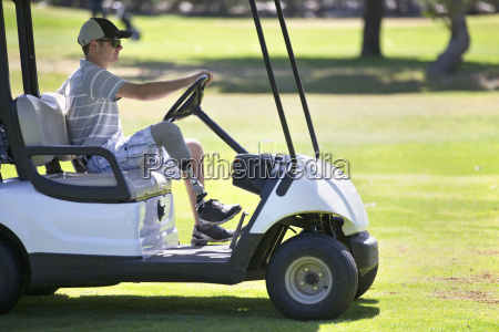male golfer with artificial leg driving