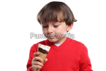 young child ice cream slick edouring