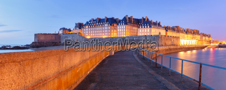 medieval fortress saint malo brittany france