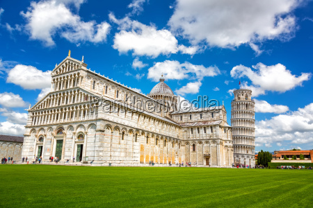 cathedral and the leaning tower in