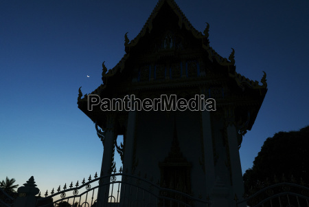 silhouette of building against clear sky
