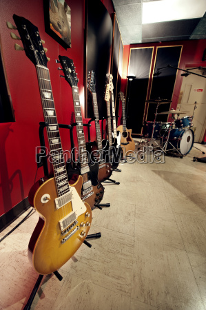 guitars, in, music, studio - 25042634