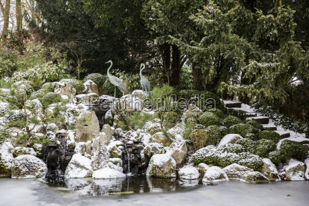 a rockery above a water pool
