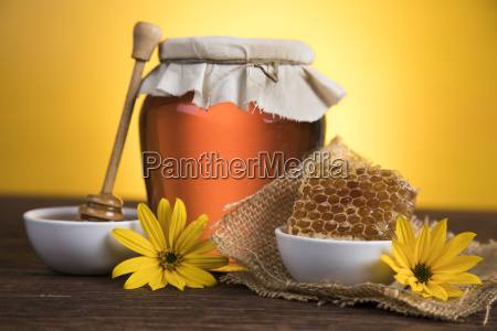 jar, of, liquid, honey - 25106036