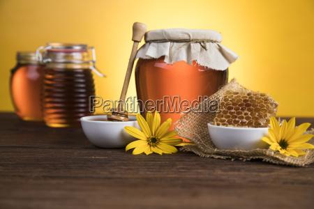 honey, in, jar - 25107392