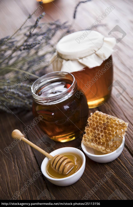 jar, of, honey, with, honeycomb - 25113156