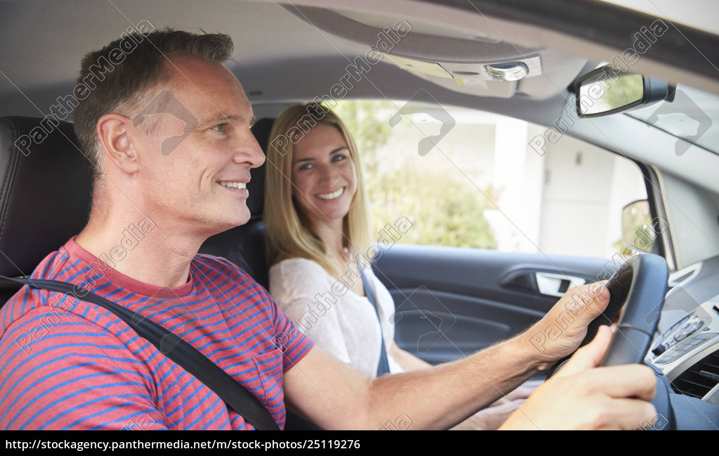 Mature Couple Sitting In Car On Road Trip Royalty Free Photo 25119276 Panthermedia Stock Agency