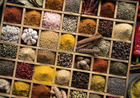 herbs, and, spices, on, a, wooden - 25122998