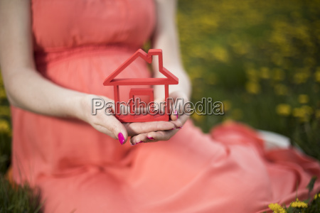 home, , meadow, , spring, , young, beautiful, pregnant - 25129542