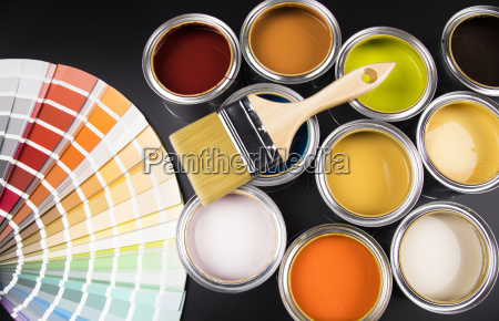 can, with, paint, and, paintbrush - 25130830