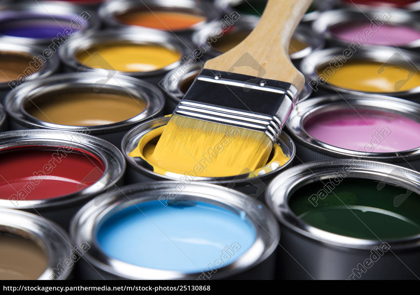 open, paint, cans, with, a, brush, - 25130868