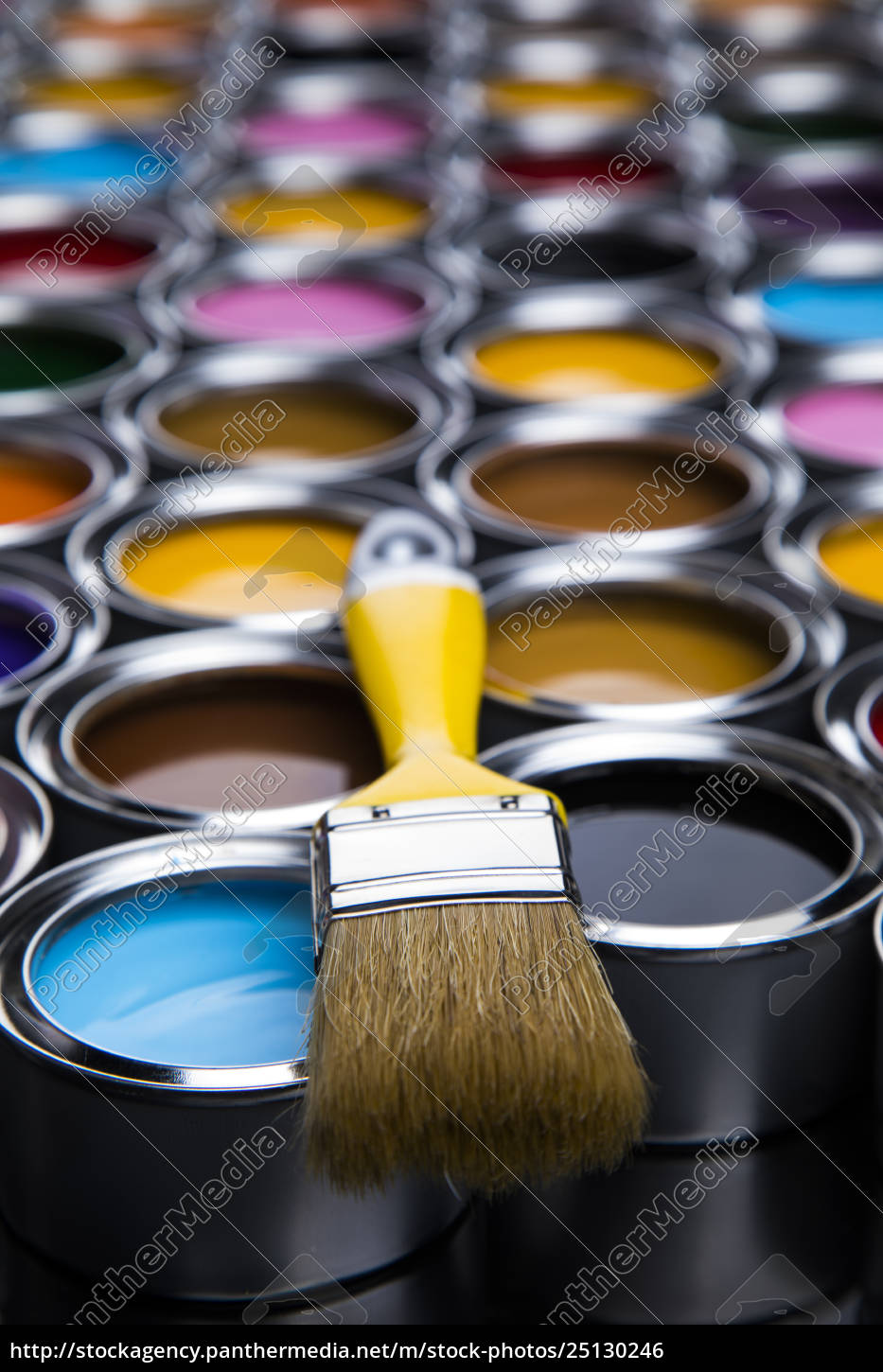 paint, brush, , tin, can, and, color - 25130246