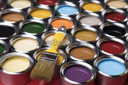 colorful, paint, cans, with, paintbrush - 25131138