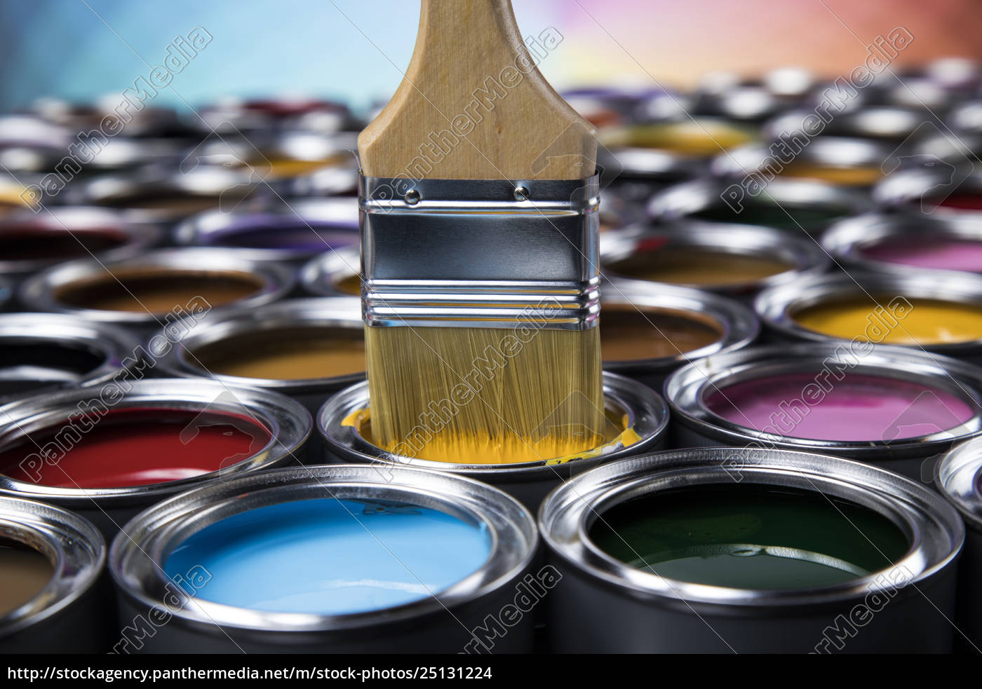 open, paint, cans, with, a, brush, - 25131224