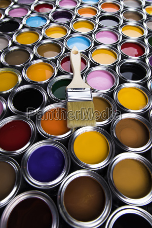 paintbrush, on, cans, with, color - 25131564