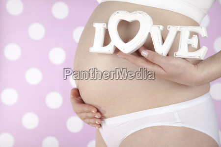 close, up, of, a, cute, pregnant - 25134674