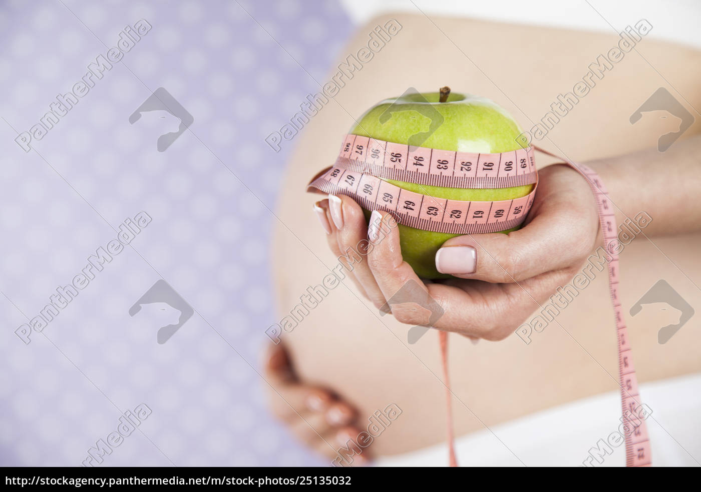 apple, , pregnancy, woman, , healthy, lifestyle, concept - 25135032