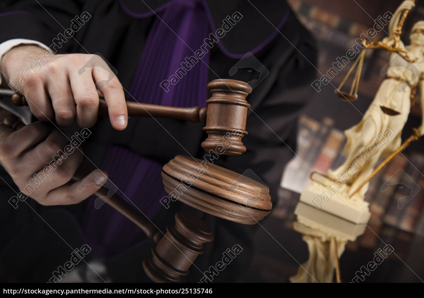 court, gavel, law, theme, , mallet, of, judge. - 25135746