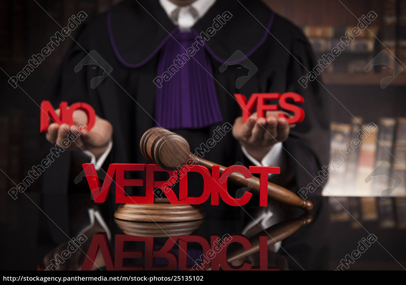 verdict, , court, gavel, law, theme, , mallet, of - 25135102
