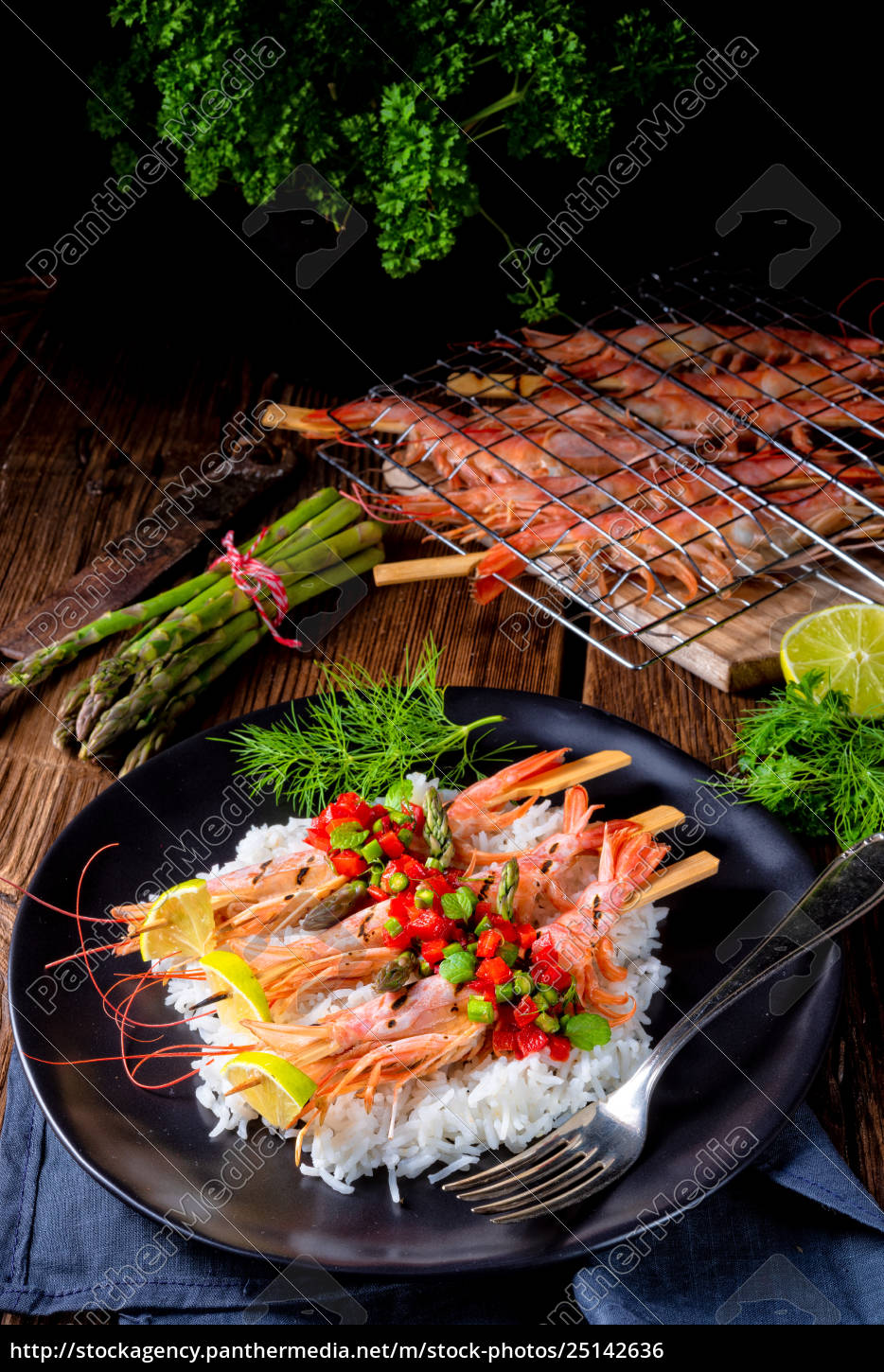 grilled, red, argentine, shrimps, with, red - 25142636