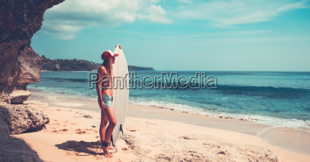 sportive, woman, with, surfboard - 25164604