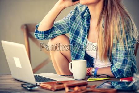 student, girl, working, at, home - 25164594