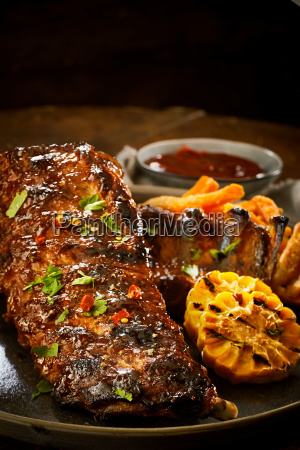 spicy portion of barbecued spare ribs